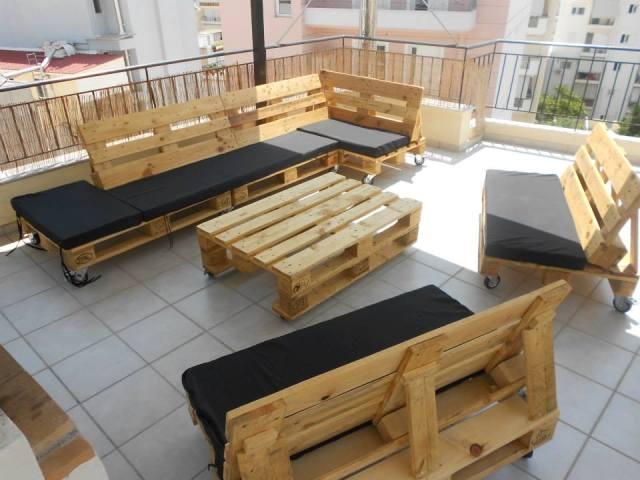canapé en palette extérieur 2