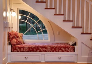 lit sous escalier