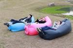 PopBag, BagChill, Aircloud, Hipbag… La mode des poufs gonflables !